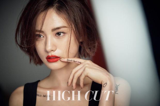 Idol Kpop thầu gần cả bảng đề cử 100 gương mặt đẹp nhất thế giới: Toàn cực phẩm, nhưng nữ thần siêu hot mất dạng - Ảnh 3.