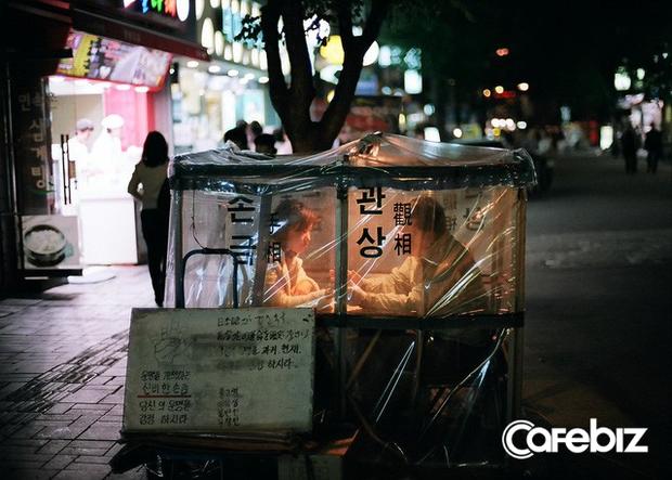 Bí mật đằng sau ngành xem bói trị giá 3,7 tỷ USD tại Hàn Quốc - Ảnh 1.