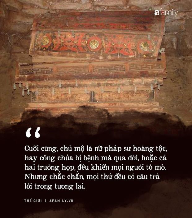 Phát hiện hài cốt nữ nhân đội vương miện trong lăng mộ cổ nghìn năm ở Trung Quốc, chuyên gia khảo cổ đau đầu suy đoán danh tính và nguyên nhân qua đời - Ảnh 6.