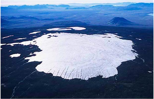 Hình ảnh về dòng sông băng đầu tiên trên thế giới chính thức CHẾT trong thời đại biến đổi khí hậu khiến ai nhìn cũng xót xa - Ảnh 1.