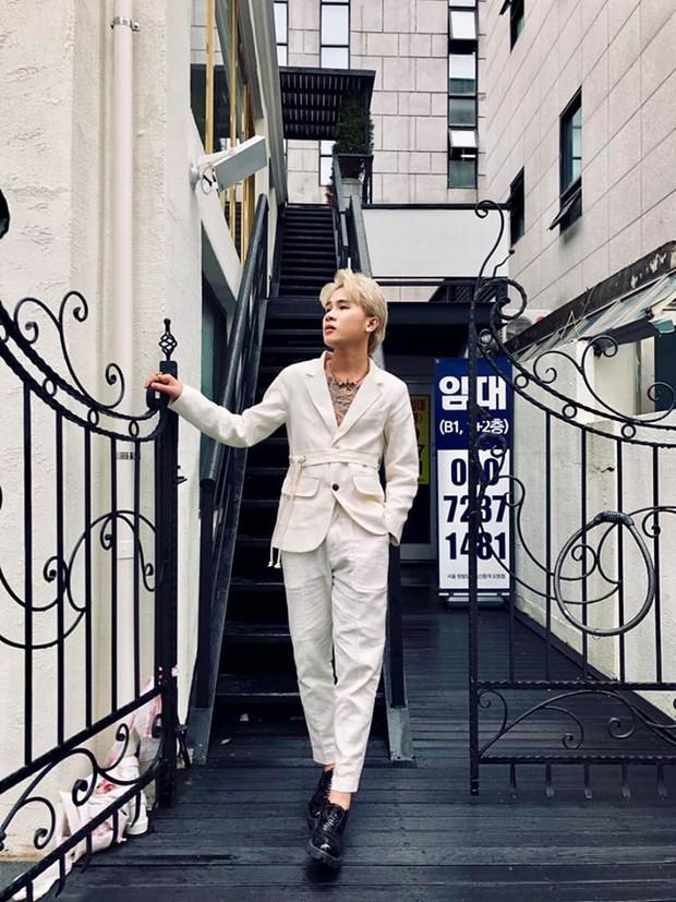 """""""Mặc kệ"""" Jack im hơi lặng tiếng, K-ICM vẫn """"quẩy"""" khắp Seoul, còn ghé thăm cung điện nổi tiếng nhất Hàn Quốc nữa này - Ảnh 7."""