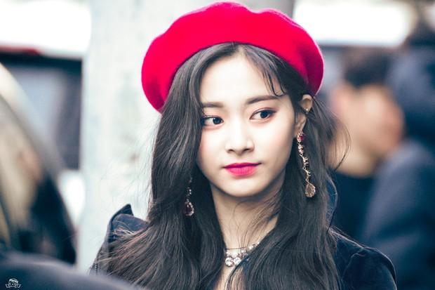 Idol Kpop thầu gần cả bảng đề cử 100 gương mặt đẹp nhất thế giới: Toàn cực phẩm, nhưng nữ thần siêu hot mất dạng - Ảnh 5.