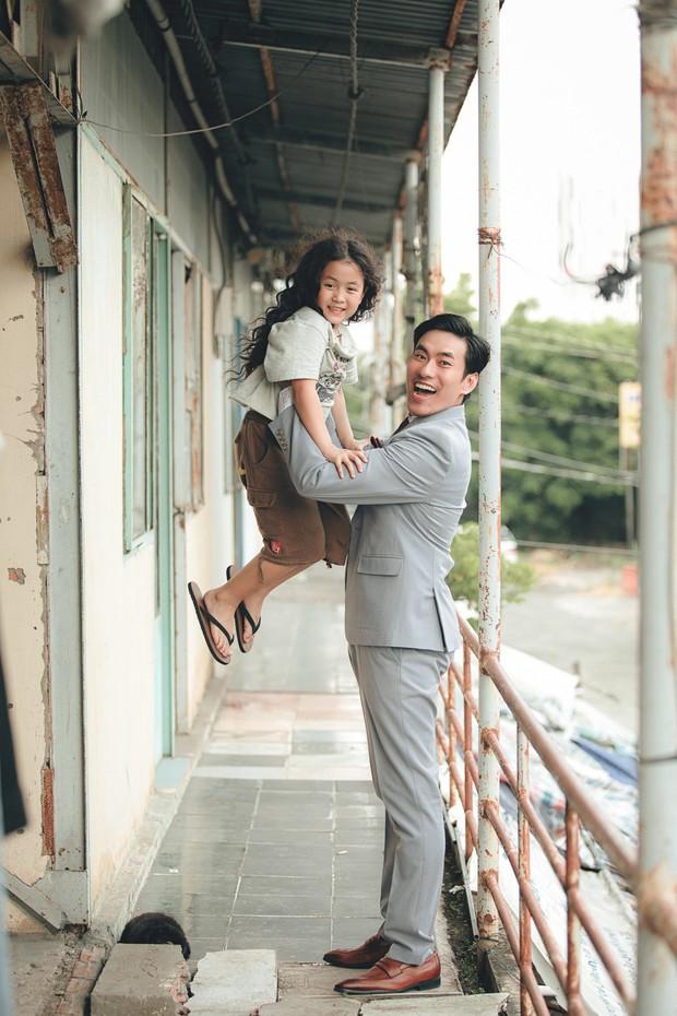 Đưa chị 13 Thu Trang khỏi Nắng 3, đạo diễn trăm tỉ khẳng định: Vai diễn này phải là Kiều Minh Tuấn - Ảnh 5.