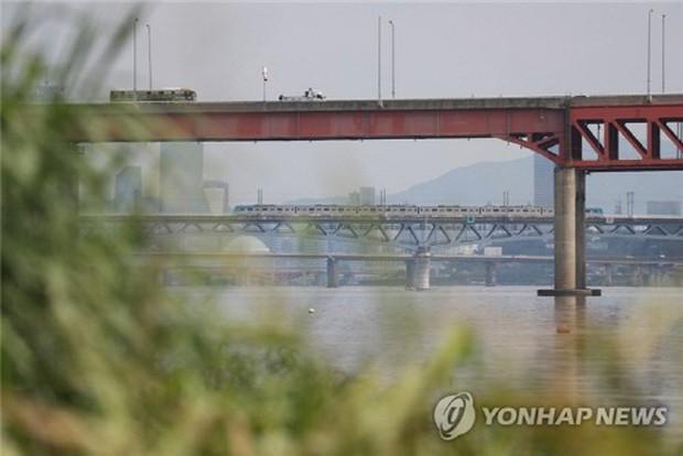 Án mạng chấn động Seoul: Thi thể không đầu thả trôi trên sông Hàn, nghi thuộc về khách thuê trọ không trả tiền phòng - Ảnh 1.