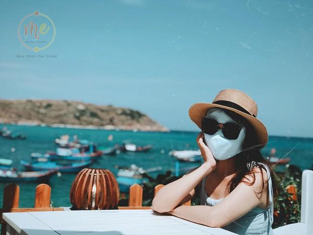 Về vùng biển vắng mà lại sợ cháy nắng, cô bạn tính hay cho ra đời bộ ảnh du lịch theo phong cách ninja khiến dân tình cười xỉu! - Ảnh 7.