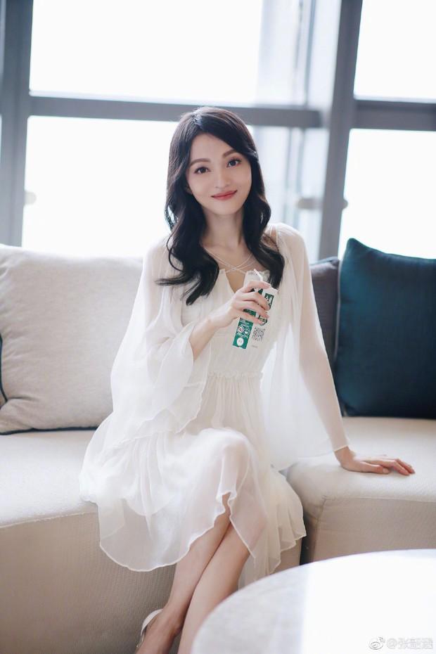 Top 4 mỹ nhân sở hữu đôi mắt đẹp nhất showbiz Hoa ngữ: Angela Baby xếp cuối, Dương Mịch phải thua 1 người - Ảnh 4.