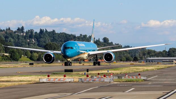 Siêu máy bay Boeing 787-10 lớn nhất Việt Nam đáp xuống Nội Bài - Ảnh 6.