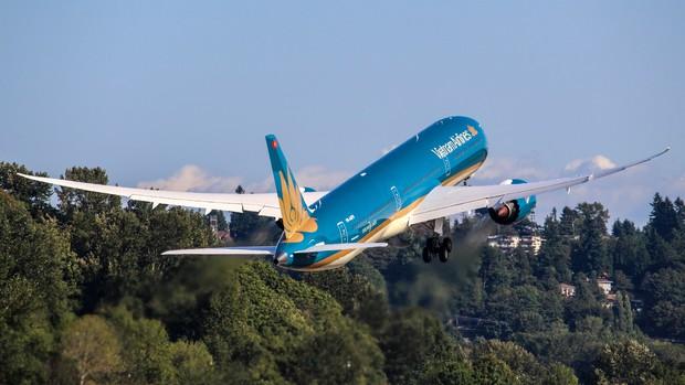 Siêu máy bay Boeing 787-10 lớn nhất Việt Nam đáp xuống Nội Bài - Ảnh 7.