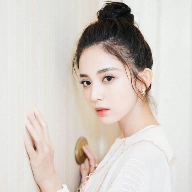 Top 4 mỹ nhân sở hữu đôi mắt đẹp nhất showbiz Hoa ngữ: Angela Baby xếp cuối, Dương Mịch phải thua 1 người - Ảnh 2.