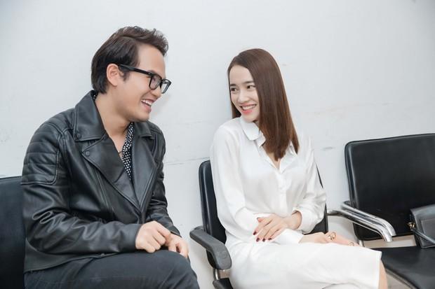 Nhã Phương đích thân đến chăm sóc ông xã Trường Giang tại Giọng ải giọng ai - Ảnh 7.