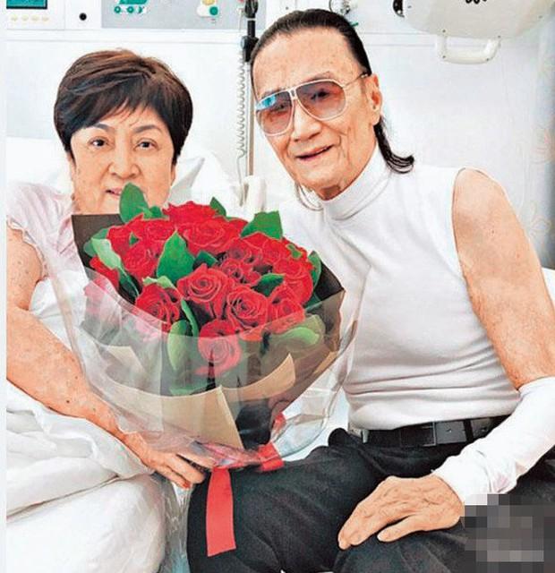 Tình yêu tuổi hoàng hôn: Bố Tạ Đình Phong 82 tuổi theo đuổi vợ cũ U75 sau thời gian dài yêu mỹ nhân đáng tuổi cháu - Ảnh 5.