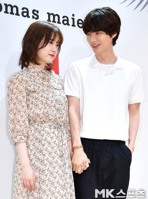 Bức ảnh tự hoạ 5 tháng trước của Goo Hye Sun tiết lộ cô bị chồng trẻ Ahn Jae Hyun xỏ mũi, cắm sừng? - Ảnh 1.