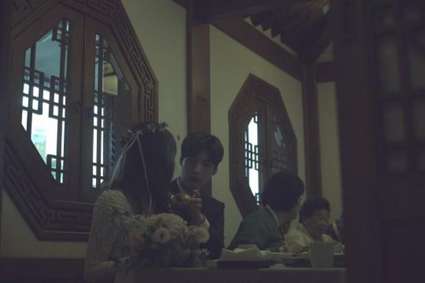 Goo Hye Sun và chồng ly hôn, fan xót xa nhớ lại trang phục cưới giản dị đơn sơ đến nhói lòng của nàng Cỏ - Ảnh 6.