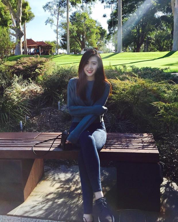 Nữ hộ sĩ xinh đẹp nhất Malaysia: Body cực phẩm, từng làm tiếp viên hàng không - Ảnh 5.