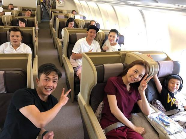Chuyến du lịch đầu tiên của vợ chồng Cường Đô La - Đàm Thu Trang sau đám cưới, Subeo vô cùng hào hứng trước khi quay lại trường học! - Ảnh 2.
