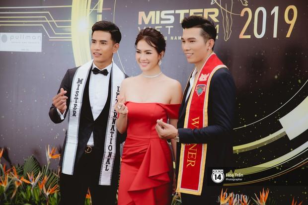 Trương Ngọc Ánh, Khánh Ngân mặc đồng điệu đọ sắc cùng dàn mỹ nhân, nam vương Vbiz tại sự kiện - Ảnh 7.