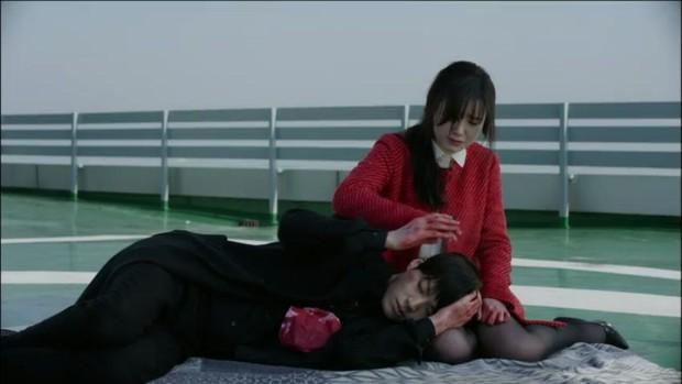 Nhìn lại Blood - bộ phim dở thảm họa đã se duyên cho cặp chị em Goo Hye Sun và Ahn Jae Hyun - Ảnh 5.