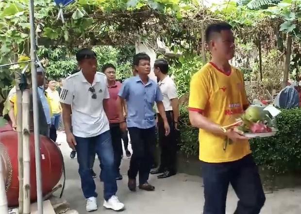 Nữ CĐV tử nạn trên đường đi cổ vũ CLB Nam Định - Ảnh 2.