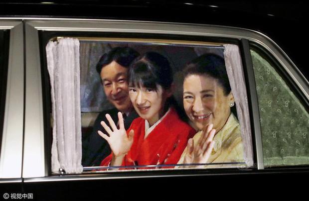 Công chúa Nhật Bản từng gây sốc với gương mặt hốc hác, thân hình da bọc xương cùng nguyên nhân gây tranh cãi - Ảnh 4.