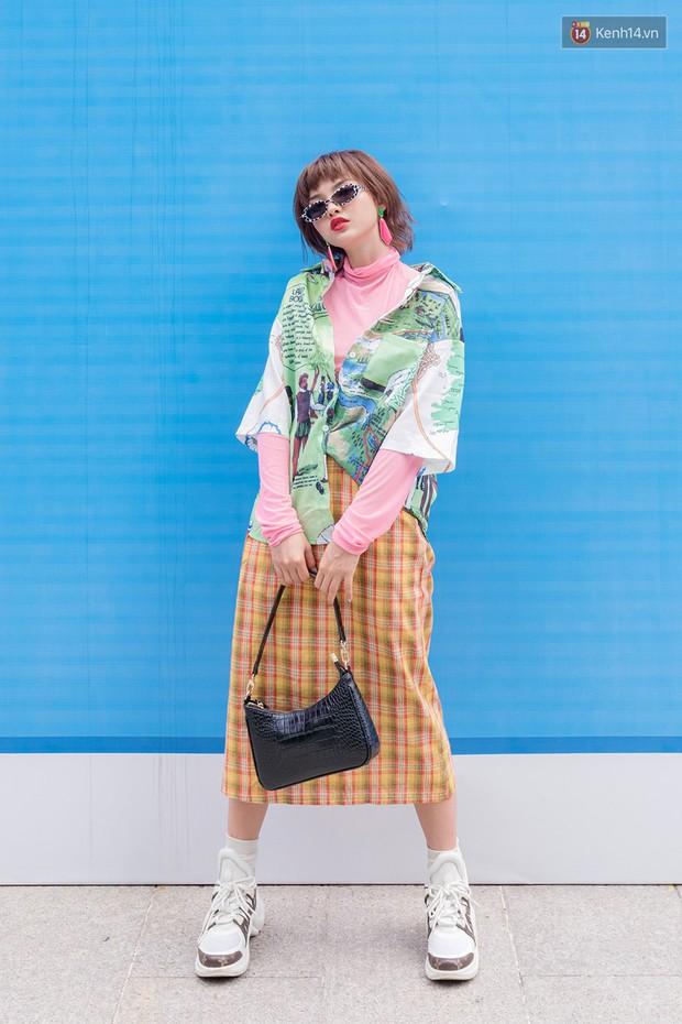 Street style giới trẻ Việt: các bạn trẻ sành mặc phô diễn đủ phong cách, từ chanh sả như tạp chí cho đến phá cách - Ảnh 7.