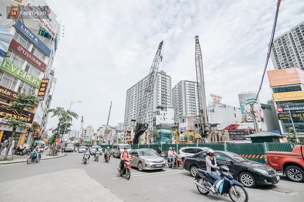 Những đại công trường biến đường phố Hà Nội ngập trong sương bụi - Ảnh 15.