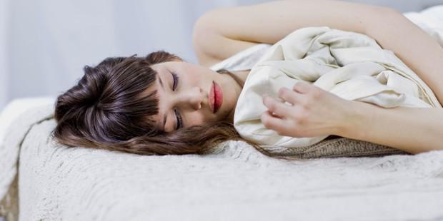 Tần suất quan hệ tình dục quá nhiều trong 1 tuần cũng có thể gây ra một loạt hậu quả nguy hiểm không ngờ - Ảnh 1.
