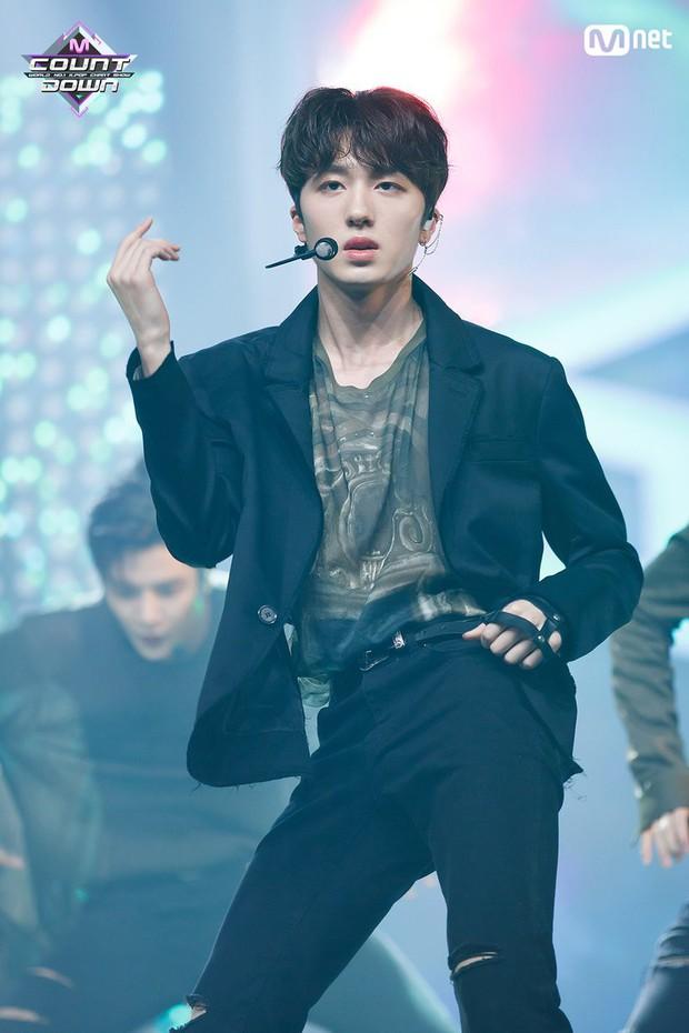 """Những main dancer khiến giới idol """"tâm phục khẩu phục"""": Đại diện BTS gây bất ngờ, Lisa (BLACKPINK) bị 1 tân binh thế chỗ - Ảnh 5."""