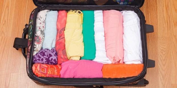 """Xếp hành lý du lịch cũng là một nghệ thuật, liệu bạn đã biết hết những """"tuyệt chiêu"""" pack đồ thông minh này chưa? - Ảnh 11."""