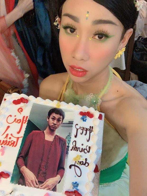 Hải Triều được chị gái Sò Lụa BB Trần cùng ekip tổ chức sinh nhật hoành tráng trong ngày sinh nhật - Ảnh 2.