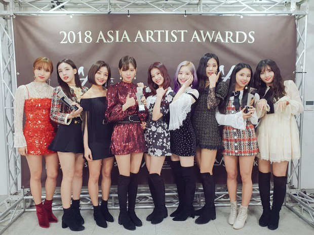 Rò rỉ tờ list dàn line-up khủng sẽ dự AAA 2019 ở Việt Nam: Yoona dẫn đầu dàn idol, cặp Kang Daniel - Jihyo (TWICE) sẽ cùng lộ diện - Ảnh 3.