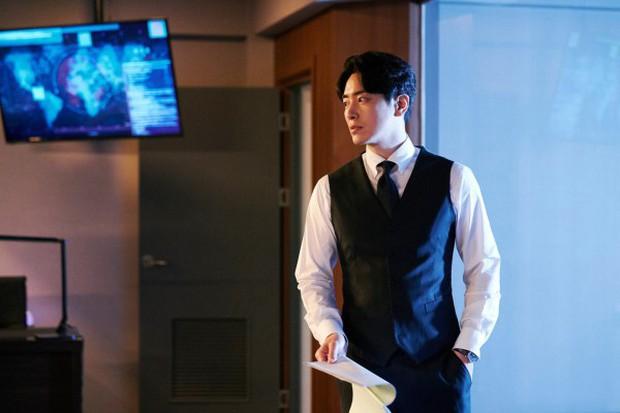 6 cảnh chấn động của Lee Joon Hyuk ở Tổng Thống 60 Ngày: Con tàu chỉ có một thuyền trưởng, tôi là người đó! - Ảnh 12.