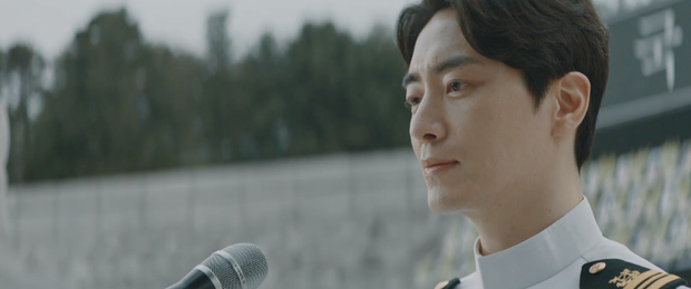 6 cảnh chấn động của Lee Joon Hyuk ở Tổng Thống 60 Ngày: Con tàu chỉ có một thuyền trưởng, tôi là người đó! - Ảnh 6.