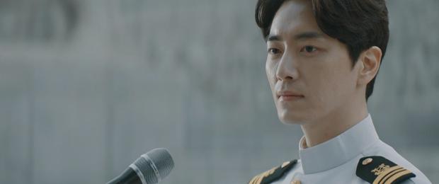 6 cảnh chấn động của Lee Joon Hyuk ở Tổng Thống 60 Ngày: Con tàu chỉ có một thuyền trưởng, tôi là người đó! - Ảnh 7.
