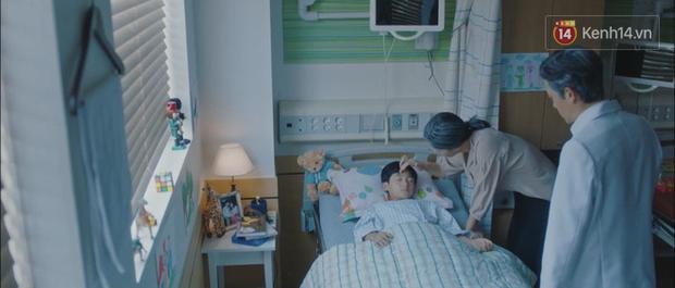 Hotel Del Luna tập 12: CEO IU hôn đắm đuối trai trẻ, người tình truyền kiếp không hề phản bội cô trong quá khứ! - Ảnh 18.