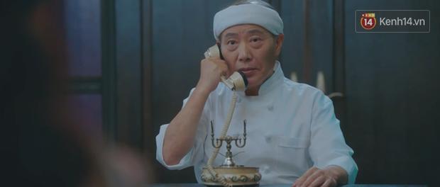 Tấu hài như Hotel Del Luna: CEO IU ngày càng lầy lội, BTS bất ngờ làm cameo tại khách sạn ma quái? - Ảnh 1.