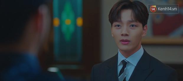 Tấu hài như Hotel Del Luna: CEO IU ngày càng lầy lội, BTS bất ngờ làm cameo tại khách sạn ma quái? - Ảnh 14.