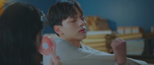 Tấu hài như Hotel Del Luna: CEO IU ngày càng lầy lội, BTS bất ngờ làm cameo tại khách sạn ma quái? - Ảnh 31.