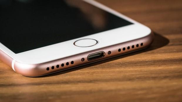 5 lần iPhone chơi lớn để ta giật mình chuếnh choáng: Khi tốt thì hay, khi lung lay thì... đành chịu - Ảnh 3.