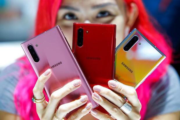 Bán hết công nghệ hàng đầu cho các đối thủ, Samsung có phải kẻ hào phóng nhất ngành smartphone? - Ảnh 2.