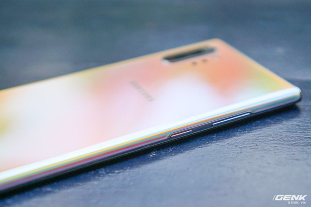 Mở hộp Galaxy Note10+ màu Ánh Cực Quang xem có gì mới mà dân tình trầm trồ đến vậy - Ảnh 25.