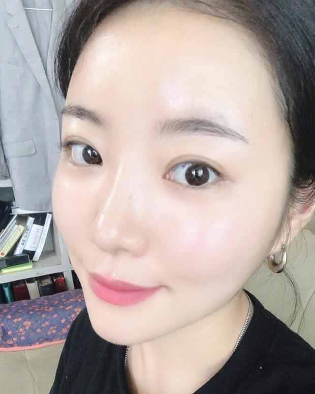 Hai chuyên gia gốc Hàn này sở hữu làn da siêu căng mịn và 5 bí kíp skincare bạn nên học hỏi ngay từ họ - Ảnh 3.