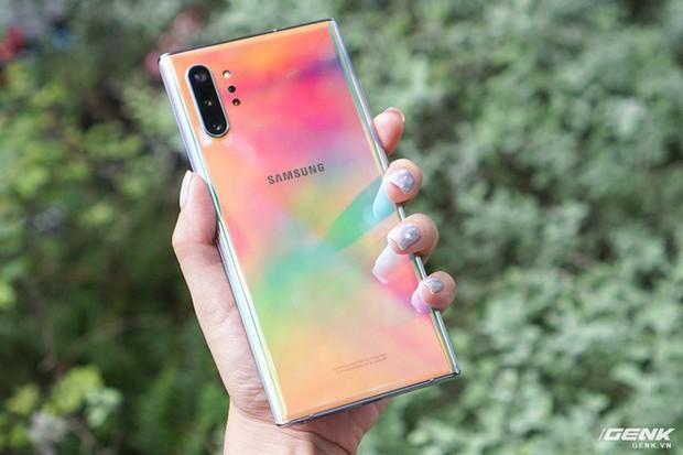 Mở hộp Galaxy Note10+ màu Ánh Cực Quang xem có gì mới mà dân tình trầm trồ đến vậy - Ảnh 9.