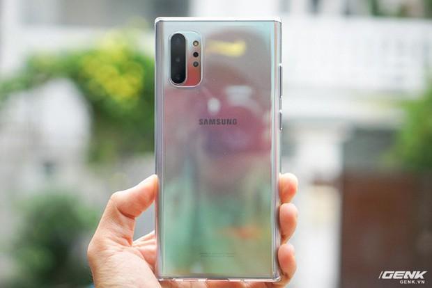Mở hộp Galaxy Note10+ màu Ánh Cực Quang xem có gì mới mà dân tình trầm trồ đến vậy - Ảnh 13.