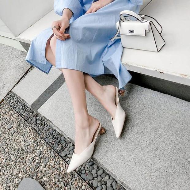 4 mẫu giày tưởng lùn mà lại vẫn hack dáng tôn chân, các nàng công sở không sắm ngay thì quá phí - Ảnh 5.