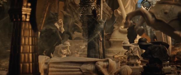 Sướng như dàn diễn viên Cậu Chủ Ma Cà Rồng: Đóng phim như catwalk, quần là áo lượt ngày thay chục bộ - Ảnh 7.