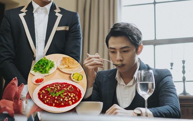 Giả thuyết quỷ hút máu bản Việt ở Cậu Chủ Ma Cà Rồng: Ăn tiết canh vịt, đưa ngón chân lên mũi để bay? - Ảnh 5.