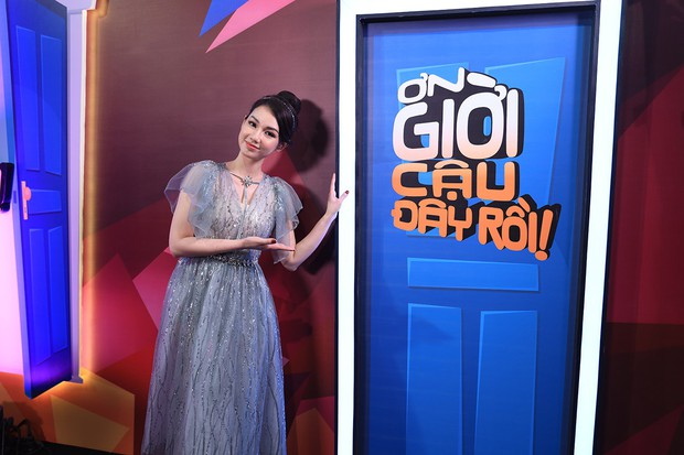 Quang Trung vạch áo mát-xa cho Trấn Thành trên sóng truyền hình - Ảnh 9.