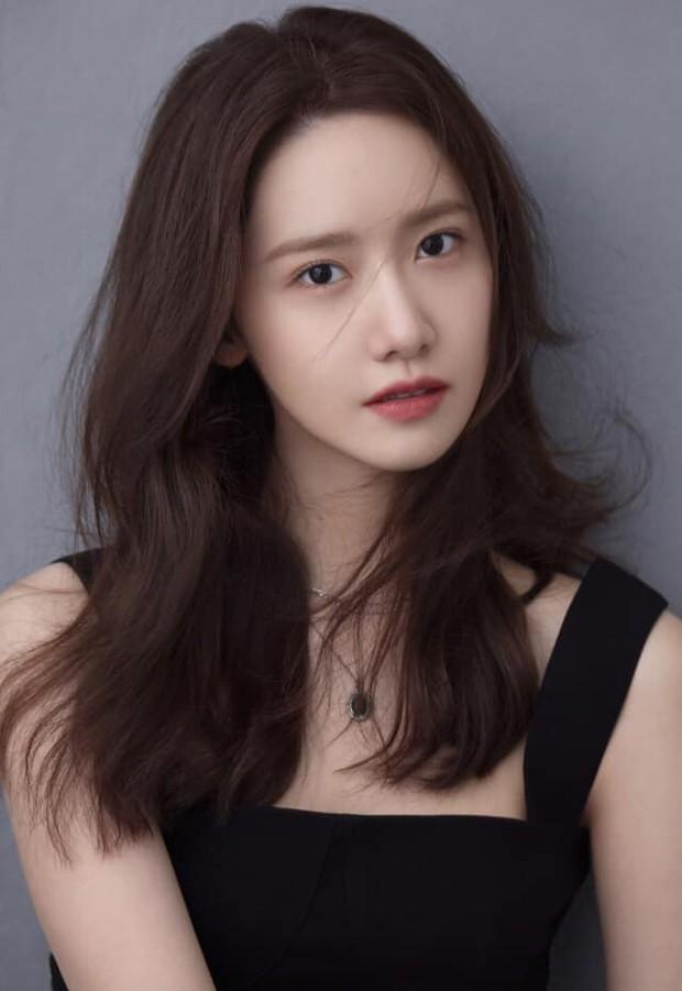 Nói Yoona ăn may mới vớ được bom tấn bự, hẳn người đó chưa xem qua top những màn lên đồng xuất thần này - Ảnh 1.