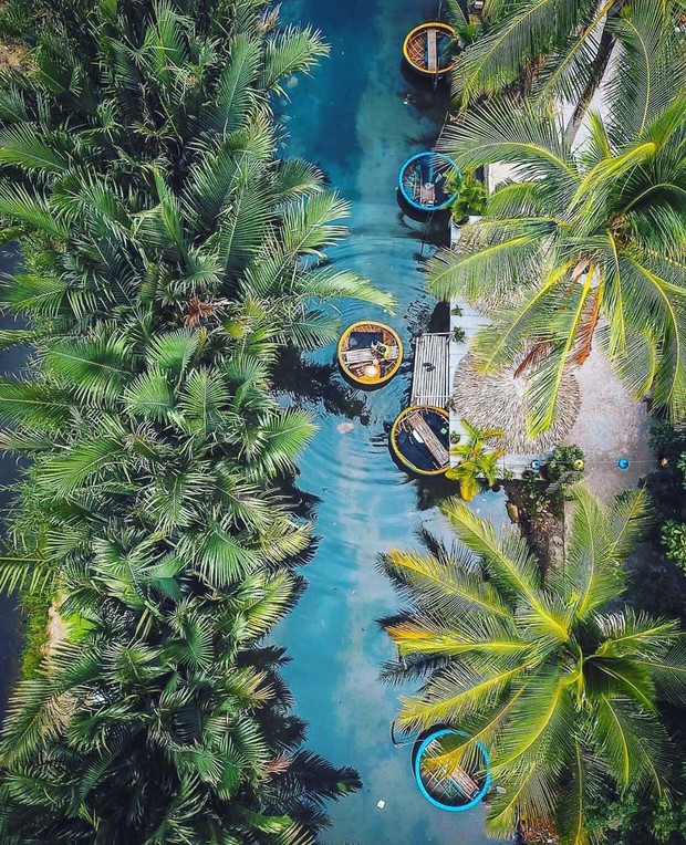Phố cổ Hội An quá tải, dân tình rủ nhau sang check-in rừng dừa Bảy Mẫu: Đẹp thì đẹp thật, chỉ sợ chẳng được bao lâu lại đông thôi - Ảnh 6.