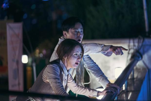 Nói Yoona ăn may mới vớ được bom tấn bự, hẳn người đó chưa xem qua top những màn lên đồng xuất thần này - Ảnh 13.